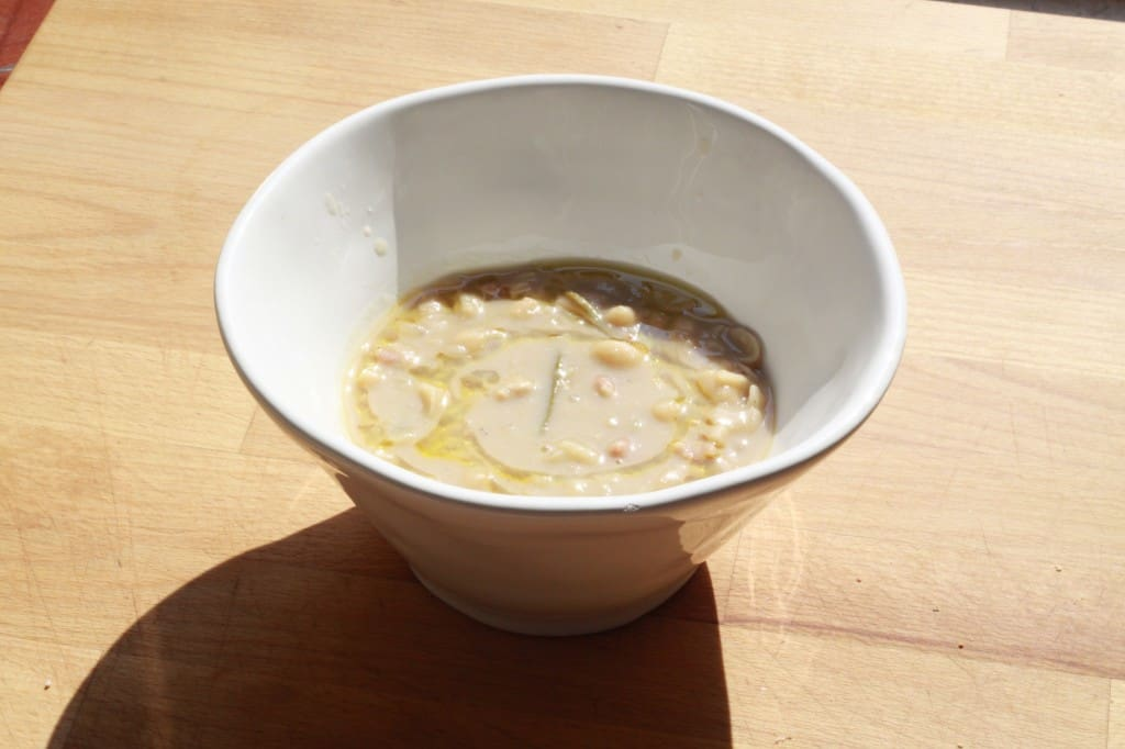 Ina Garten's white bean and rosemary soup