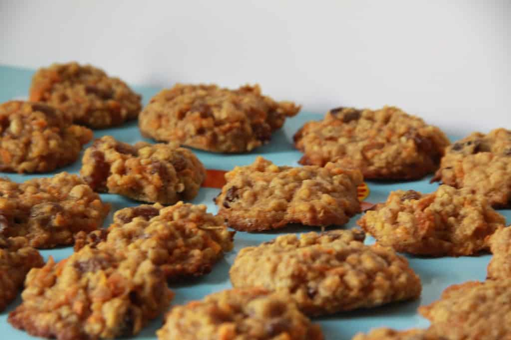 Carrot and raisin cookies