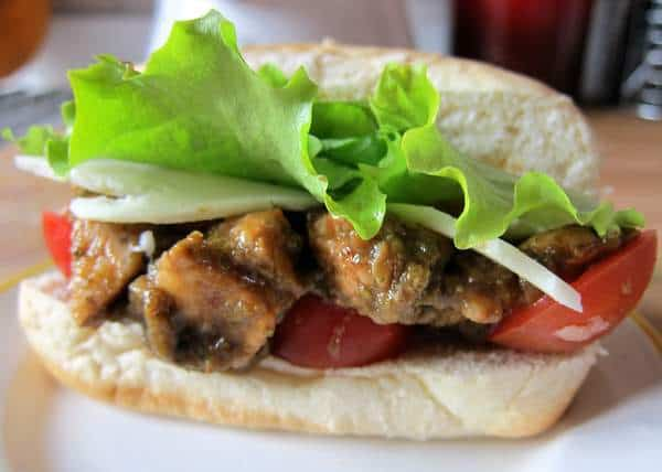 Balsamic vinegar chicken sandwiches