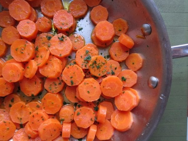 Sauteed carrots with citrus butter