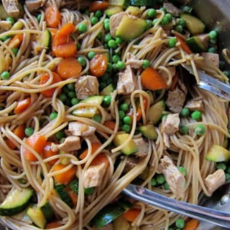 chicken vegetable stir-fry with noodles