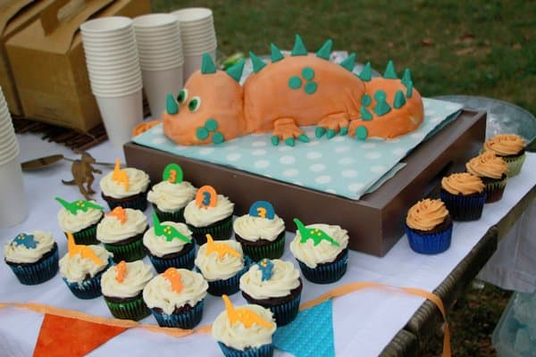 dinosaur birthday cake and cupcakes