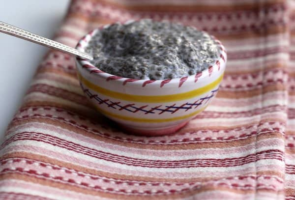 coconut milk and chia seed no-cook, no-sugar pudding