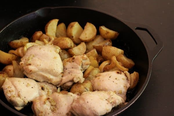 one-pot roasted lemon chicken with green beans & potatoes