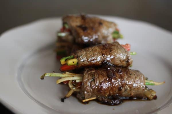 balsamic glazed steak rollups with veggies, foodlets
