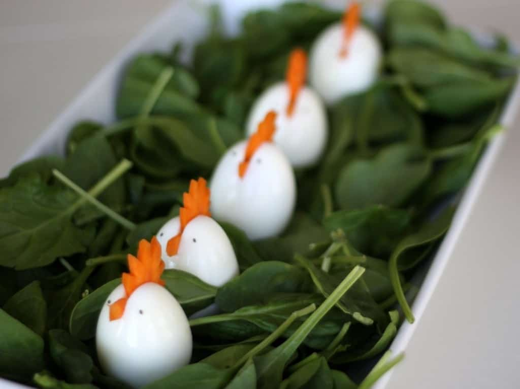 how to make hens out of hard boiled eggs