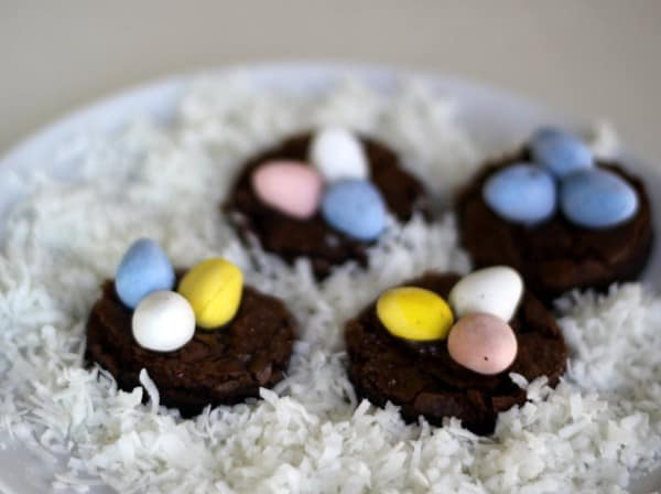 brownie birds' nests for Easter, foodlets.com