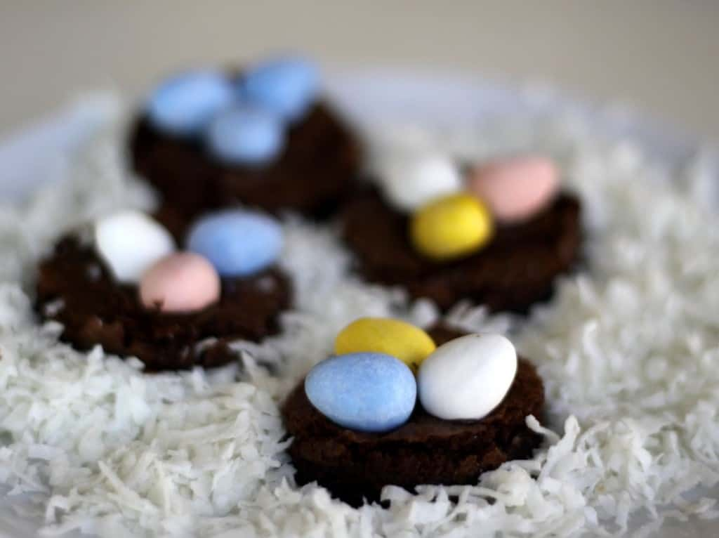 brownie nests for easter, foodlets.com