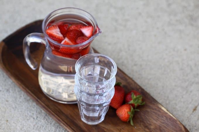 strawberry flavored water, foodlets.com