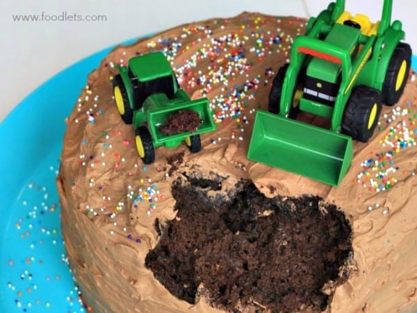 tractor cake up close foodlets