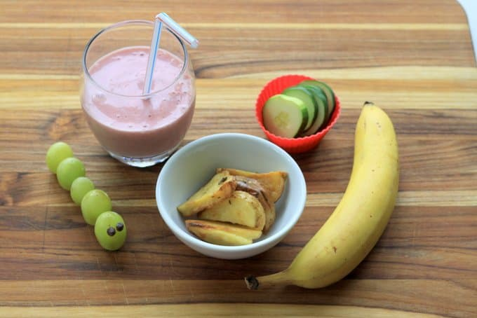 strawberry banana smoothie, roasted potatoes
