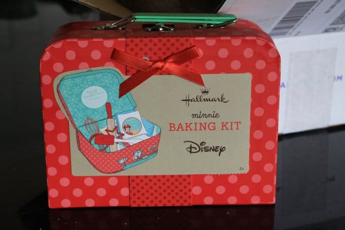 Minnie Mouse Baking Set from Hallmark