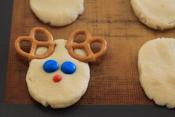 reindeer sugar cookies, unbaked