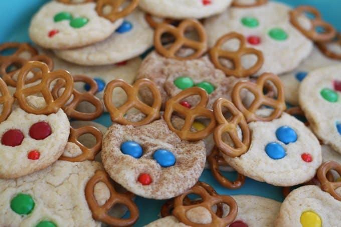 so many reindeer christmas cookies, foodlets
