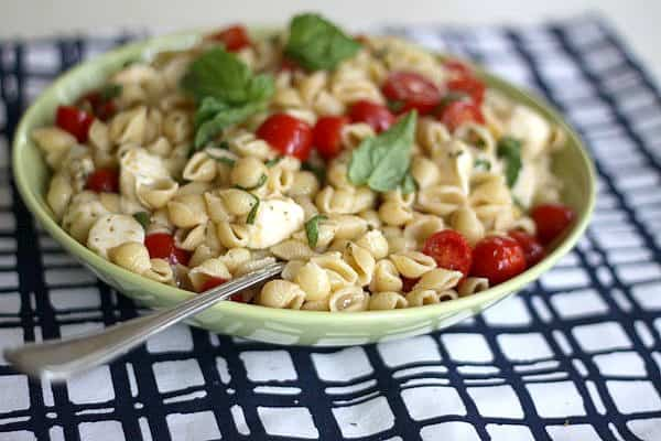 simple pasta with tomatoes, basil & mozzarella