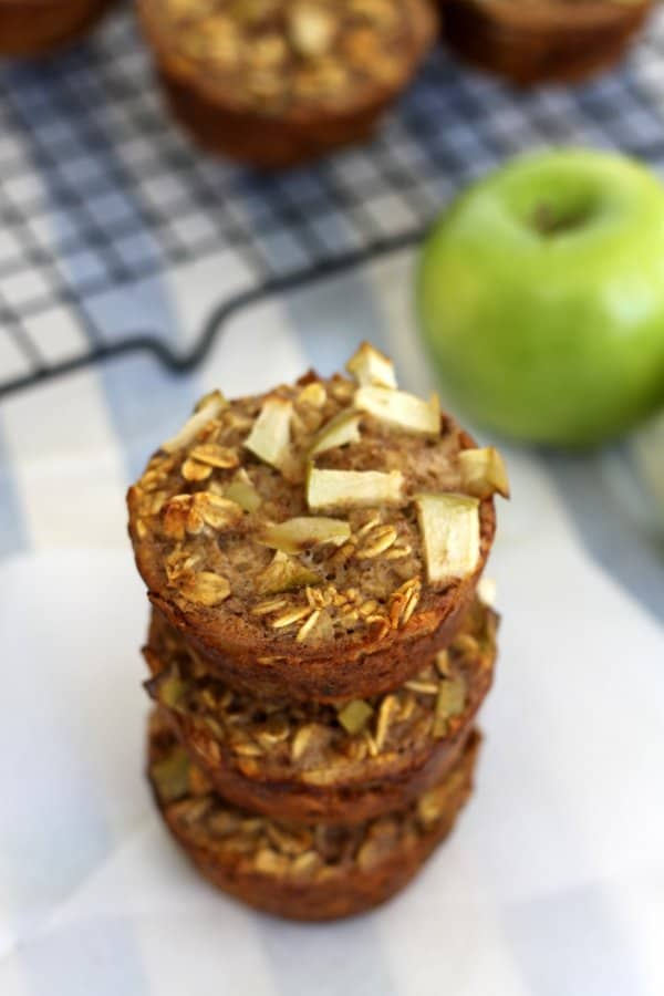 Apple Cinnamon Oat Muffins