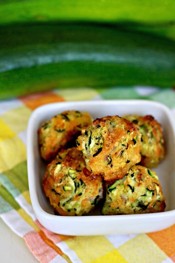 cheesy zucchini balls, get the recipe at foodlets.com