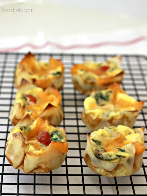 These Quiche Cups with Tomatoes, Cheese & Spinach are a hit for Dinner + School Lunches Too